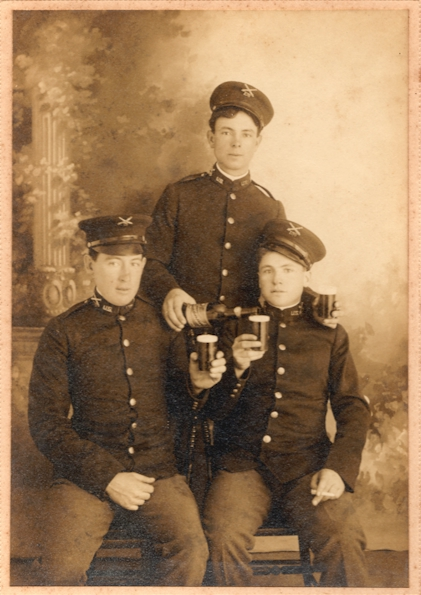 Artillerymen enjoying a Towsend Beer - image